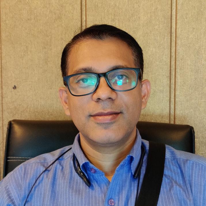 Dr Dheeraj KV