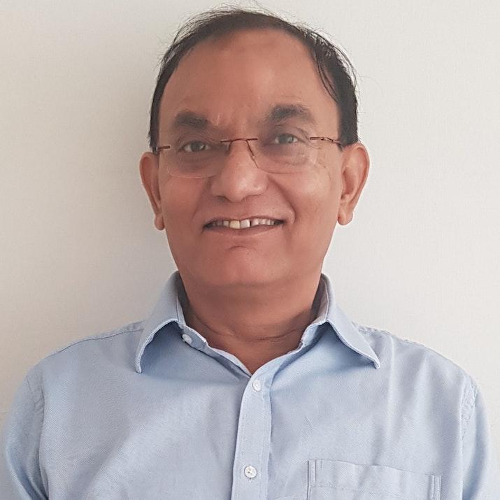Dr Deepak Tyagi