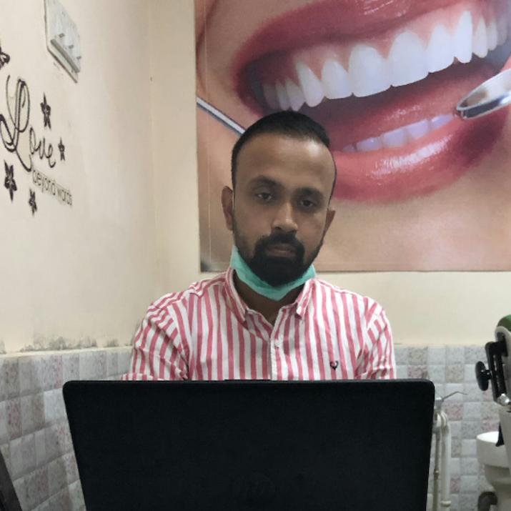 Dr Dibyalochan Swain